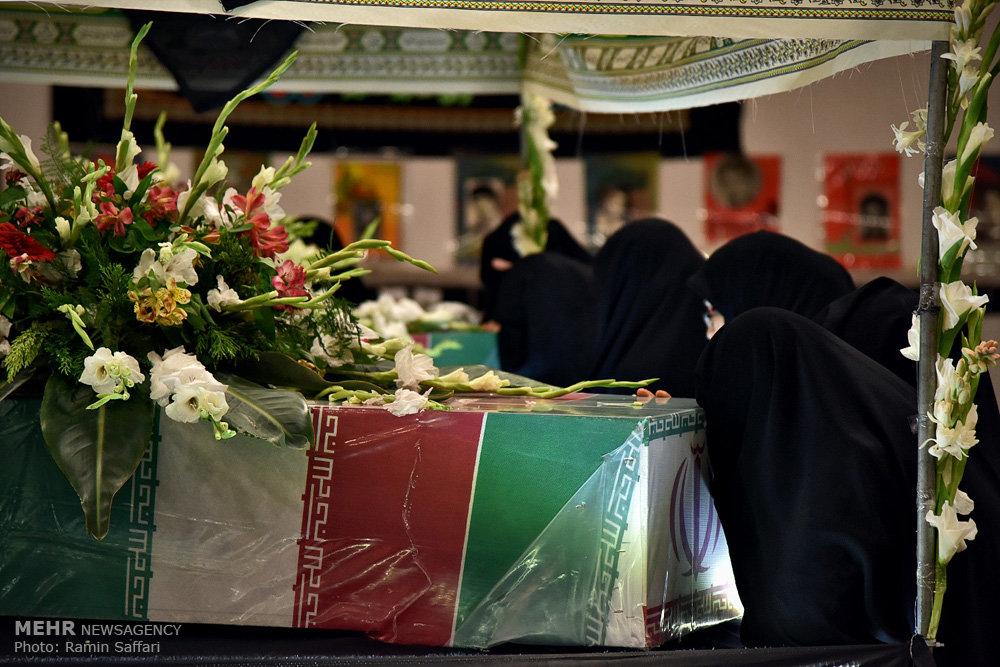 مراسم وداع با پیکر ۵ شهید دوران دفاع مقدس