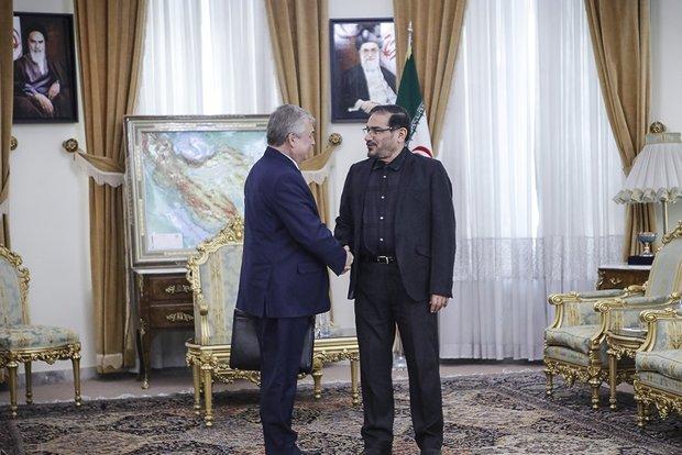 شمخاني: ارتقاء مستوى التعاون بين ايران وروسيا وسوريا في مكافحة الارهاب ضرورة ملحة