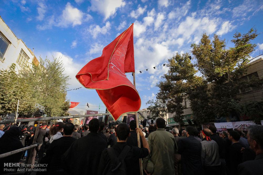 تجمع بزرگ عاشورائیان در کرج