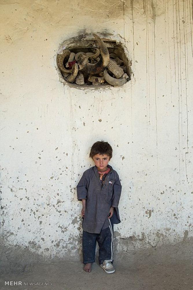 روستاییان افغان بی خبر از طالبان و اشغالگران