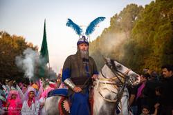 """مراسم دخول القافلة الحسينية إلى كربلاء في """"نوش آباد""""/صور"""