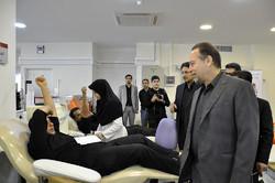 التبرع بالدم بمناسبة عاشوراء في طهران