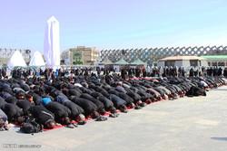 نماز ظهر عاشورا در مناطق مختلف ایلام برگزار شد
