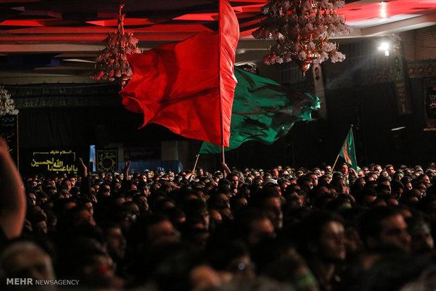 برنامه هیئتهای مذهبی قم در دهه اول محرم/ شهر رخت عزا بر تن کرد