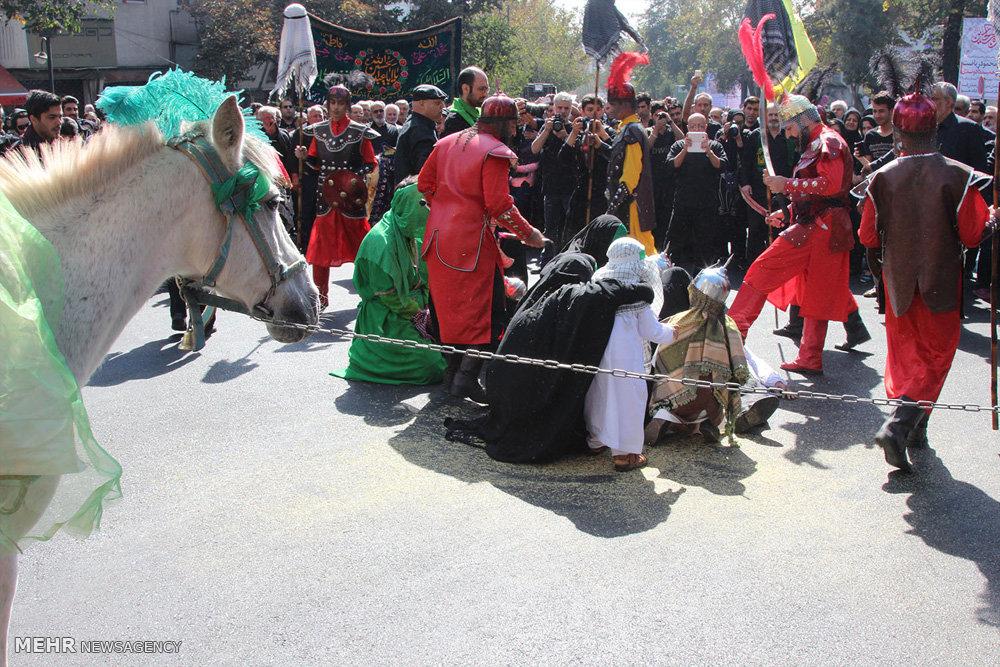 مراسم عزاداری روز عاشورا در خیابان شریعتی تهران