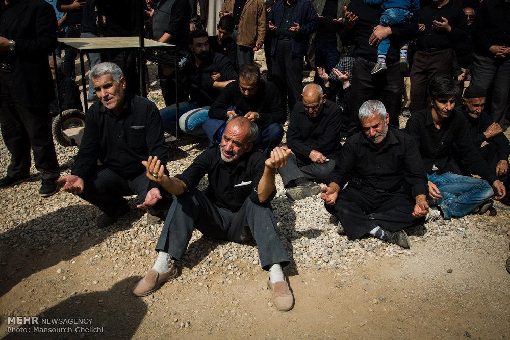 مراسم عزاداری ونخل گردانی روز عاشورا درروستای قلعه نوخرقان شاهرود