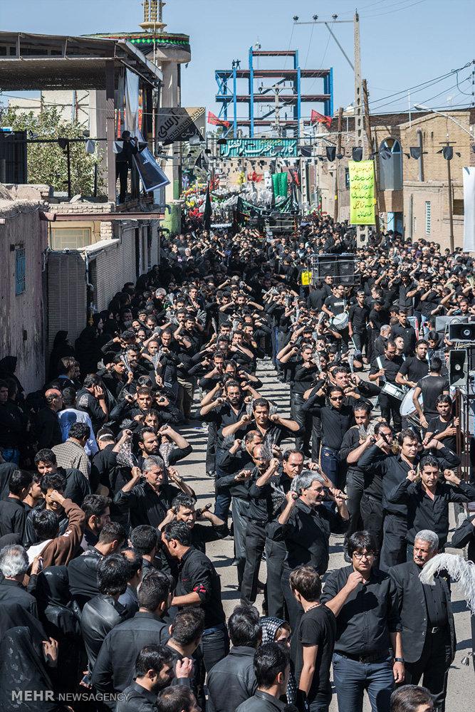 مراسم عزاداری روز عاشورا در سیرجان