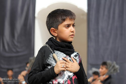 أطفال عاشوراء في العزاء الحسيني /صور