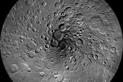 گودال های روی ماه بیش از حد انتظار است