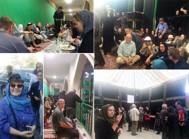 İran'daki matem merasimlerine yabancı turistler de katılıyor