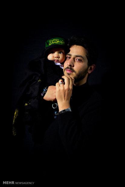 Hosseini mourners