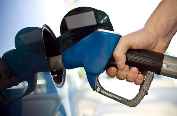 مصوبه حذف کارتهای بنزین ابلاغ شد/جزئیات تازه از توقف بنزین کارتی