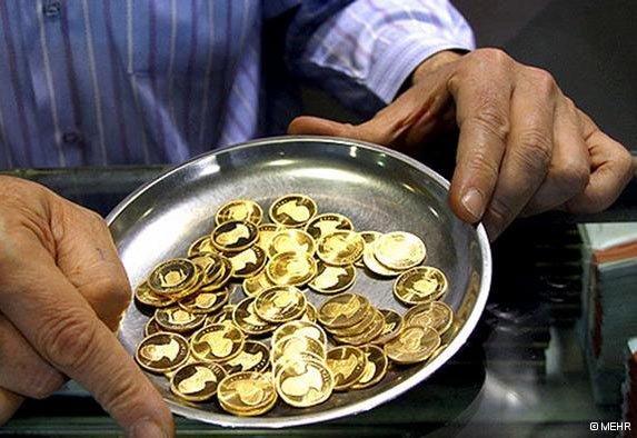 کاهش۱۱ هزارتومانی قیمت سکه بهار آزادی /دلار ۱۵ تومان ارزان شد