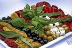 رژیم غذایی مدیترانه ای از عوارض چاقی می کاهد