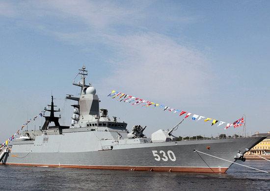 Russian naval fleet arrives in Anzali