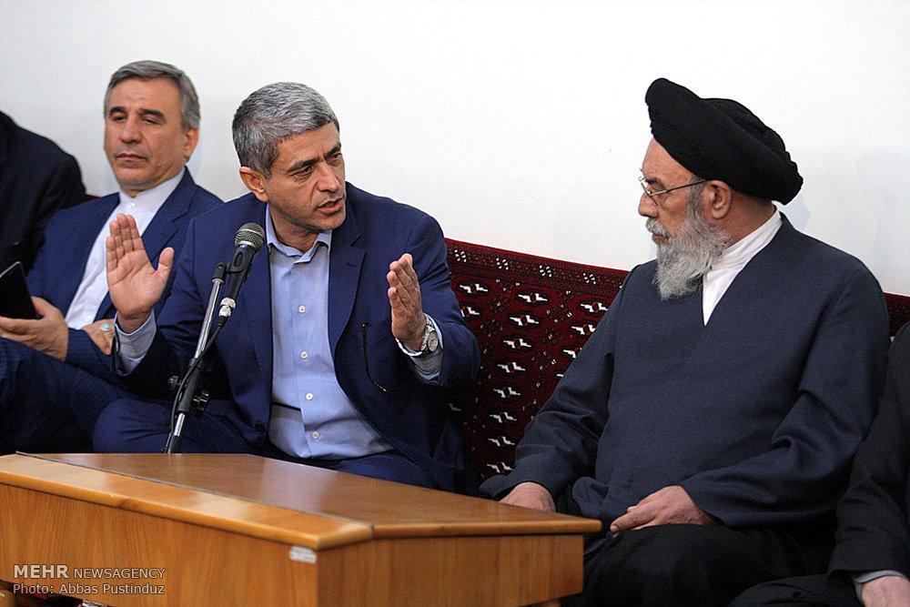 سفر وزیر امور اقتصادی و دارایی به اصفهان