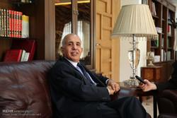 گفت و گو با عبدالمنعم احریز سفیر الجزایر