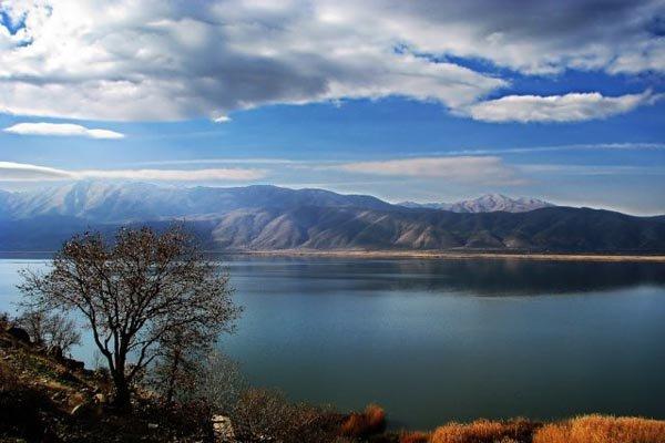 İran'ın batısının incisi; Zeribar Gölü