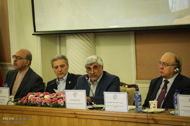Iran, Russia top universities held joint session in Tehran