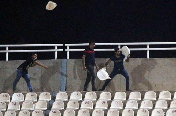 ۳۳ مجروح حاصل درگیری هواداران استقلال خوزستان و پرسپولیس