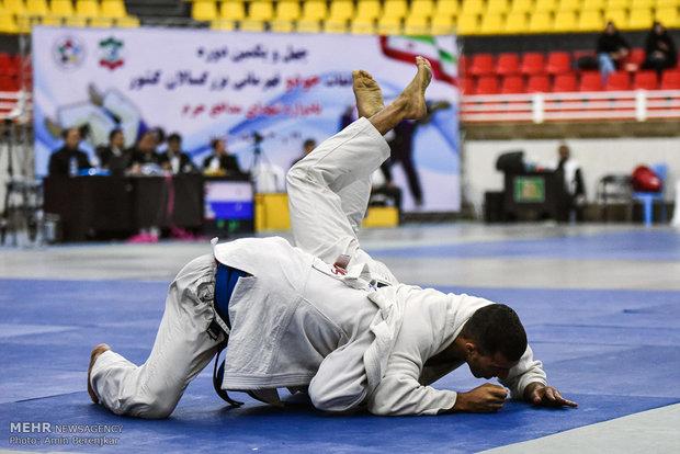 İran'da judo yarışmaları düzenledi