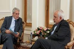 İran'daki mültecilerin durumu ele alındı
