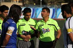 دیدار تیم های فوتبال گل گهر سیرجان و استقلال اهواز