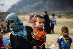 زنان و کودکان آواره در اطراف موصل