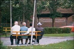 بازنشستگی ۵۵۰ هزار کارمند طی یکسال و نیم آینده