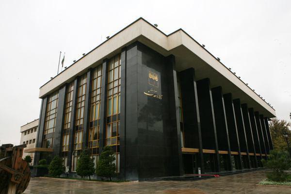 تالار وحدت میزبان نمایش «دختِ ایران» میشود