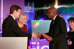یک آمریکایی جایزه بوکر را به خانه برد/ تقدیر از «آدمفروشی»