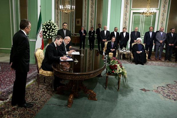 إبرام أربعة مذكرات تفاهم بين ايران وفنلندا