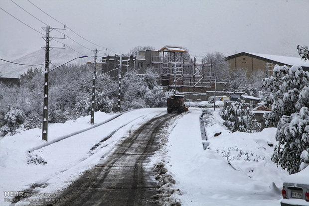 بارش اولین برف پاییزی در شهرستان کلیبر استان آذربایجان شرقی