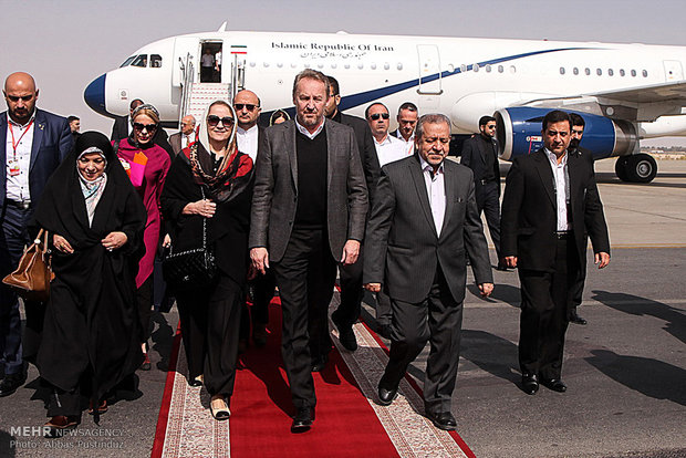 Bosnian president visits historical city of Isfahan