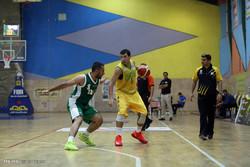 دیدار تیم های بسکتبال پالایش نفت آبادان و لوله ا.اس شیراز