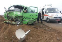 واژگونی خودروی ون در محور ساوه-همدان ۱۶ مجروح برجای گذاشت