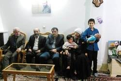 دیدار کارکنان دانشگاه منابع طبیعی گرگان با خانواده شهید مدافع حرم