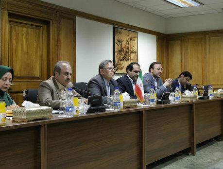 Iran, China set to boost banking coop.