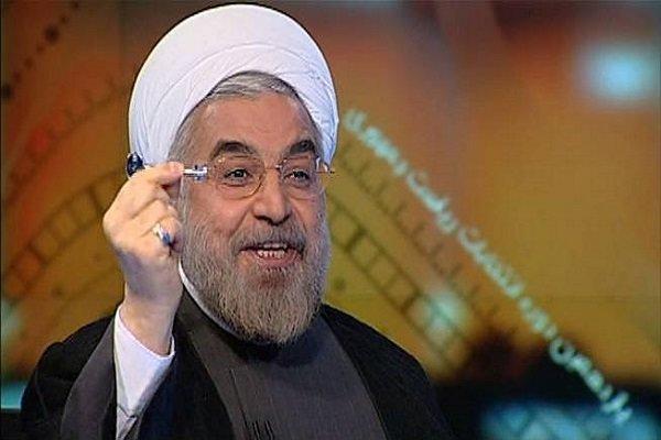 آقای روحانی! شما هنوز رئیس جمهور هستید نه نامزد انتخابات