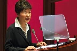 رئيسة كوريا الجنوبية تقبل استقالة كبار مساعديها بسبب صديقتها