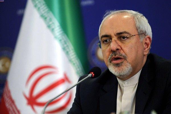 ظریف يتسلم أوراق اعتماد أربعة سفراء جدد إلى طهران