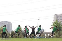 Iran natl. football team hold training session