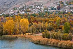 طبيعة وخريف تشرين في ايران /صور