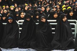 قائد الثورة الاسلامية يستقبل حشودا طلابية /صور