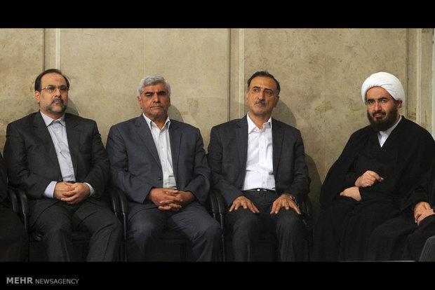 استقبال قائد الثورة الاسلامية للطلاب والتلاميذ
