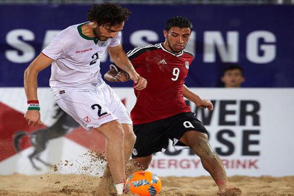 امیرحسین اکبری:می خواهیم قهرمان فوتبال ساحلی جام بین قاره ای شویم