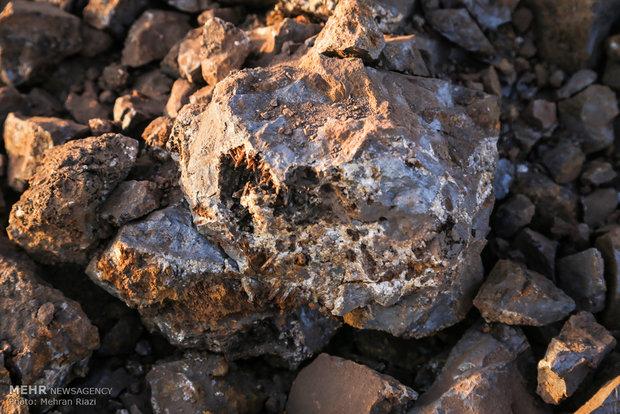 اکتشاف سنگ آهن در ۳ گستره معدنی بزرگ در اصفهان
