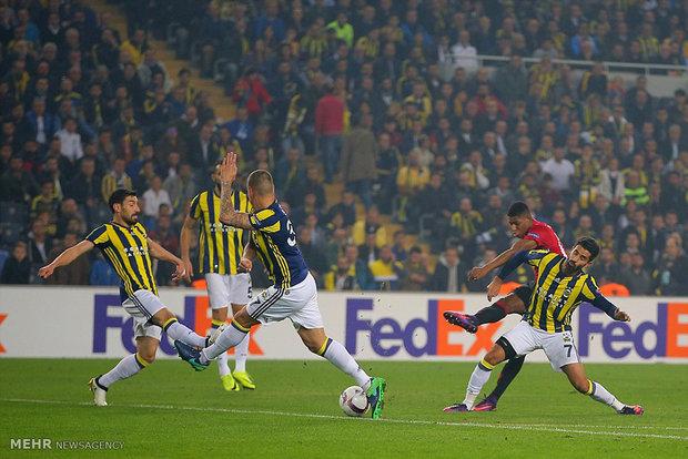 Fenerbahçe yabancı sayısını düşürdü