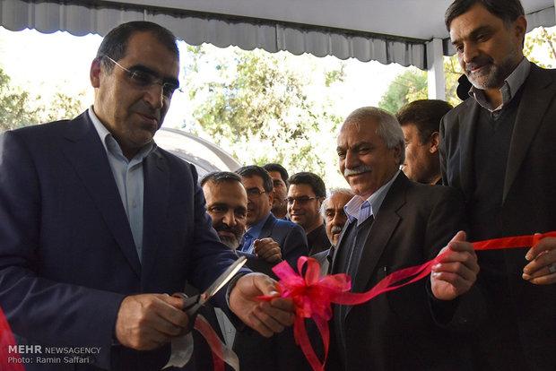 افتتاح طرح تکمیل شبکه مراقبت های نوین سلامت در کلان شهرها با حضور سید حسن قاضی زاده هاشمی وزیر بهداشت