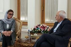 ظريف يستقبل مساعدة وزيرة الخارجية السويدية